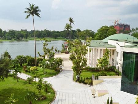 khach san noi tieng o Yangon
